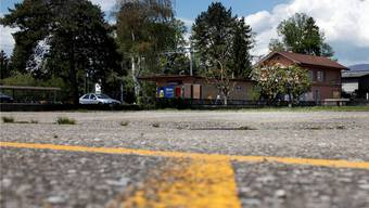 Die Anregung des Gemeindepräsidenten Peter Jordi, eine Verknüpfung Bahn und Bus mit einer Wendeschlaufe beim Gerlafinger Bahnhof, ist beim Kanton auf offene Ohren gestossen. (Archiv)