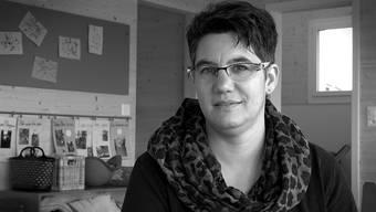 Sandra Schmid, Bäuerin und Krippenleiterin, zuhause in Uezwil.