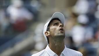 Novak Djokovic gegen Benjamin Becker nur im Startsatz mit Mühe.