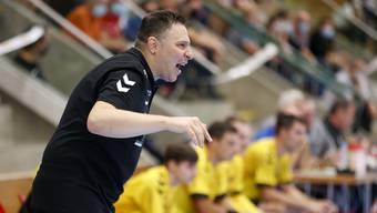 TVE-Trainer Zoltan Majeri ist mit seiner Mannschaft  unzufrieden. Trotzdem kann er der Niederlage gegen Kadetten Schaffhausen auch Positives abgewinnen.