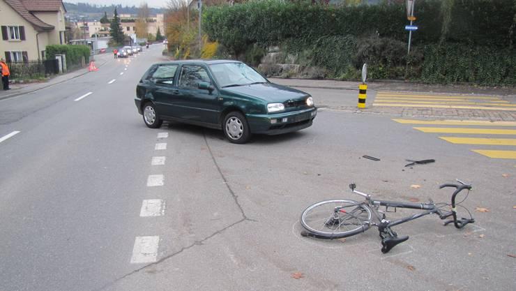 Der Velofahrer verletzte sich bei dem Unfall mittelschwer (Symbolbild)