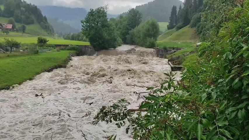 So schnell kann es gehen: Dieser Fluss führt innert zwei Minuten Hochwasser