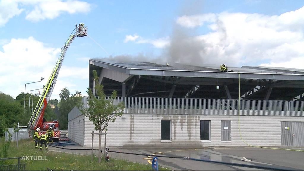 Brand in Kunsteisbahn Wohlen ausgebrochen