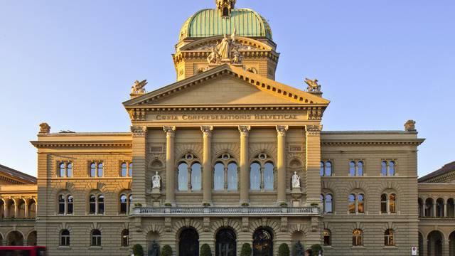 802 Zürcher Politikerinnen und Politiker wollen im Nationalrat einen Sitz ergattern - nur 34 werden es schaffen.