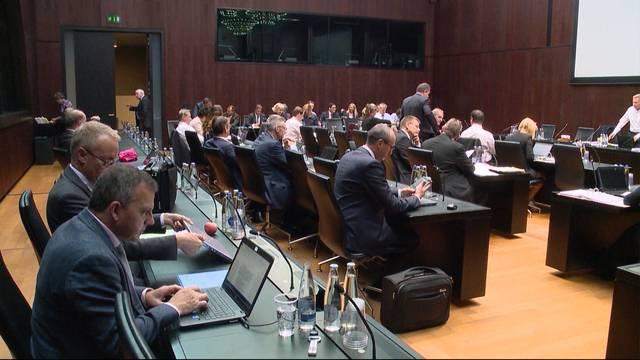Bundesratskandidaten im Schwitzkasten