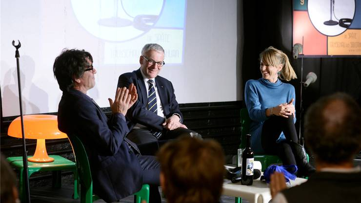 Moderator Jens Wachholz, Stadtpräsident Kurt Fluri und Filmtage-Direktorin Seraina Rohrer. (Archiv)