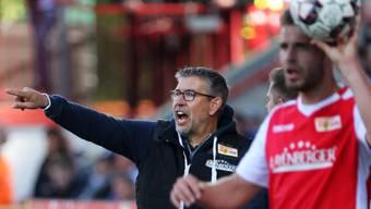 Der Schweizer Trainer Urs Fischer will seinem Team den Weg in die 1. Bundesliga weisen