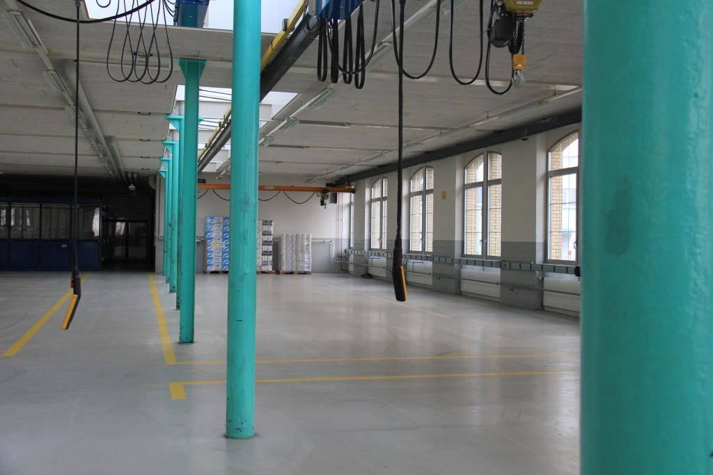 Die älteste Halle auf dem Firmengelände wurde 1922 erbaut (© Stephanie Martina/FM1Today)