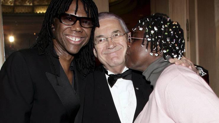 Mit Gitarrist Niles Rodgers (l.) und Jazz-Sängerin Randy Crawford 2007 in Montreux.