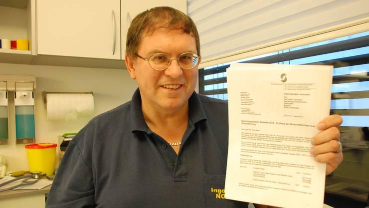2011 waren es Vorwürfe von Krankenkassen, er verrechne zu viele Leistungen – im Bild ein Brief von Santésuisse – heute droht Ingo Malm eine Anklage wegen Betrugs und Urkundenfälschung.  (Archiv)