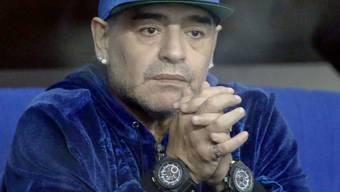 Entschuldigung nach 30 Jahren: Die argentinische Fussballlegende Diego Maradona will seinen unehelichen Sohn nach eigenen Angaben nie mehr alleine lassen. (Archivbild)