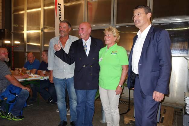 Oskar Freysinger und Anwalt Valentin Landmann waren die Hauptredner am 18. Raclettabend der SVP Birr.