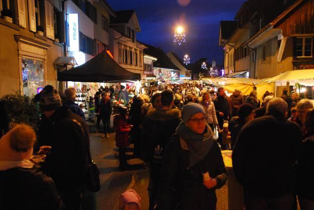 Der Weihnachtsmarkt zog rund 10'000 Gäste an.