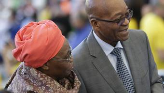 Südafrikas Präsident Jacob Zuma mit Gattin