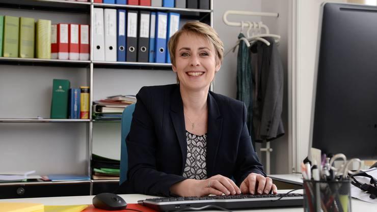 Da war die Welt an der Baselstrasse noch in Ordnung: Christine Krattiger als neue Leiterin des Personal- und Rechtsdienstes im April 2016.