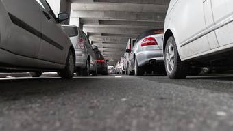 Die Wartezeit am Vereina-Autoverlad im Engadin betrug am Freitag drei Stunden (Archivbild).