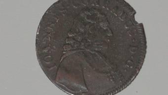 Auf der Vorderseite der Münze ist Bischof Johann Konrad zu sehen. (nbo)