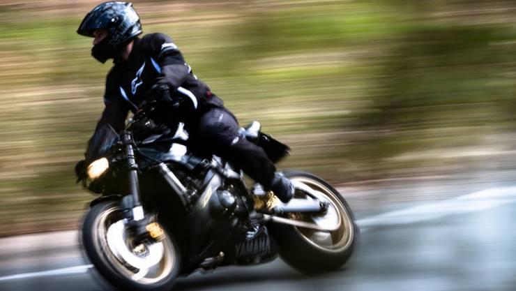 Ein Lernfahrer wurde innerorts mit 92 km/h erwischt. (Archivbild/Symbolbild)