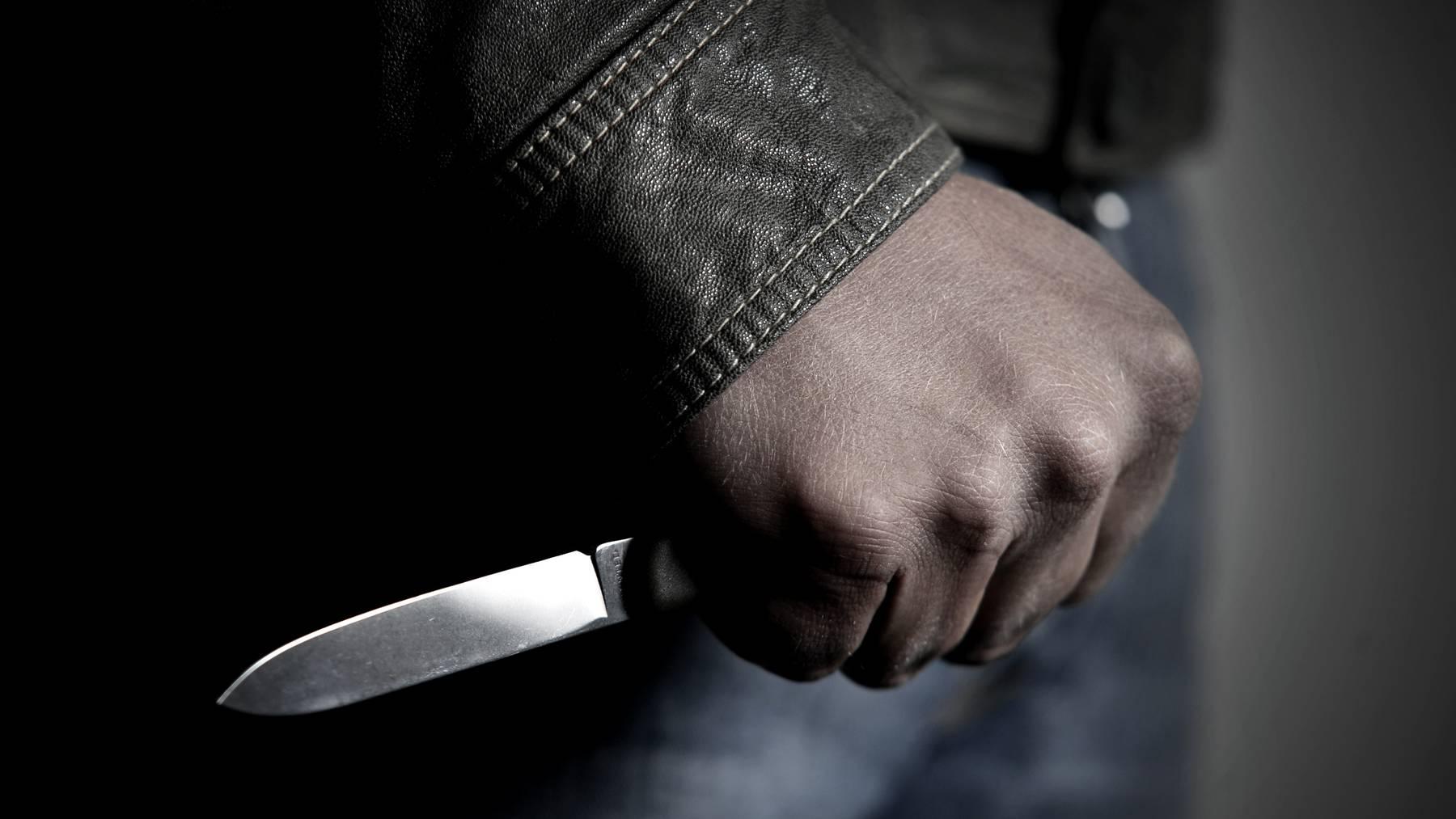 Gewalt mit Messer (Symbolbild)
