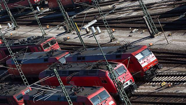 Lokomotiven der Deutschen Bahn stehen still - wegen Streiks