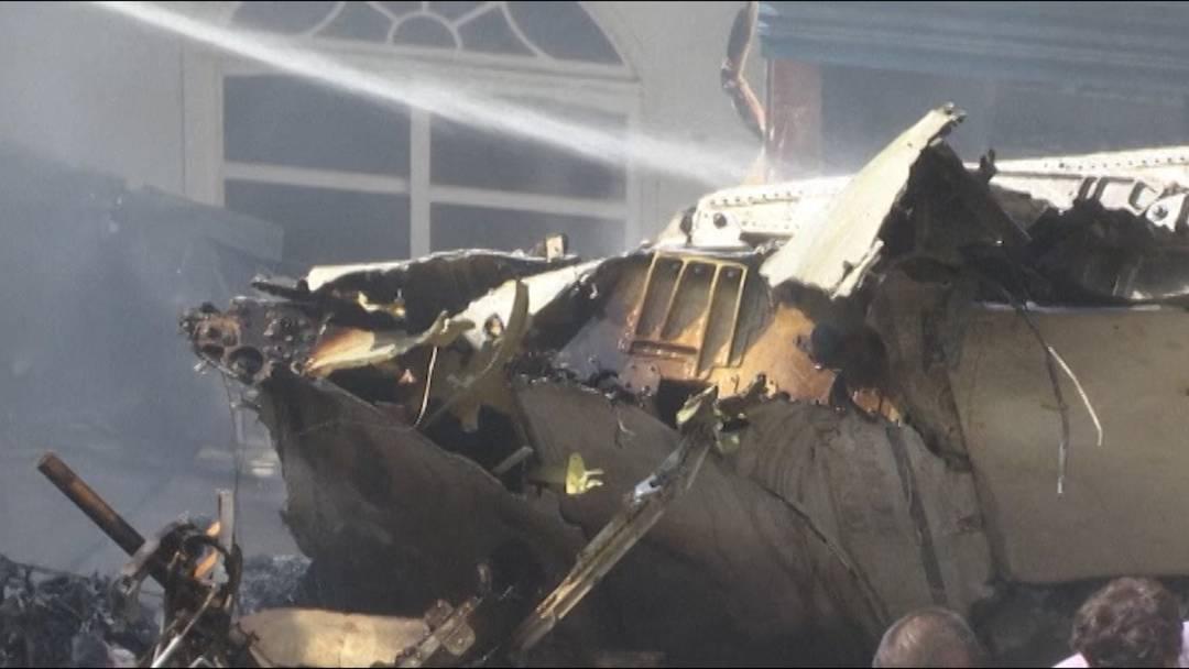 Flugzeugabsturz in Pakistan: keine Überlebenden