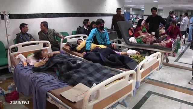 Zahl der Opfer in Nepal nimmt stündlich zu
