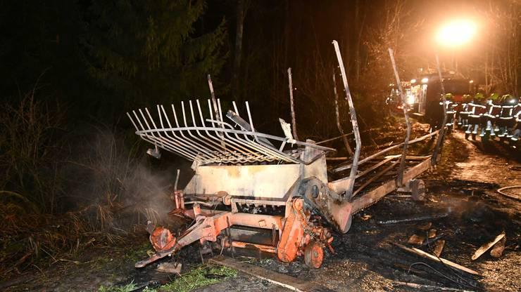 Der Brand wurde von einem Mann auf der anderen Seite des Tals gesehen.