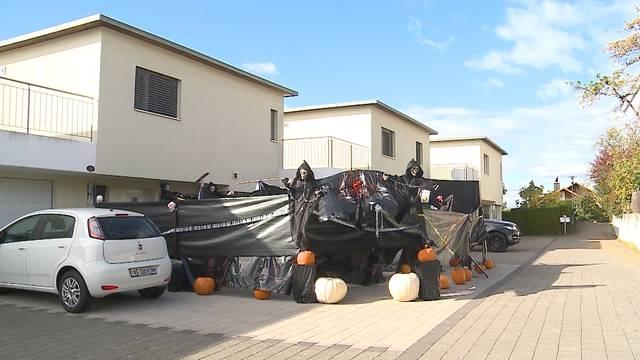 Halloween-Gruselkabinett im Garten