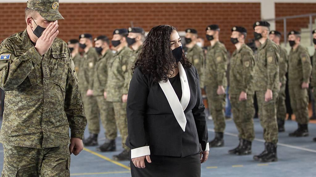 Erst kommissarische Staatspräsidentin, jetzt dauerhafte: Vjosa Osmani. Foto: Visar Kryeziu/AP/dpa