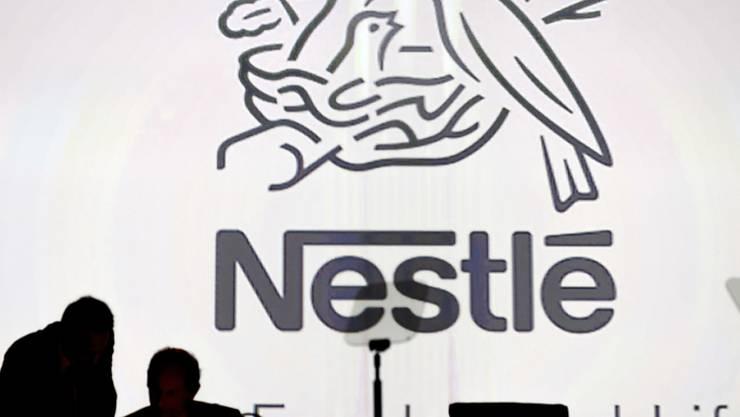 Bei Nestlé fallen statt 500 nur 450 Stellen weg. Dies das Ergebnis der Konsultation mit den Sozialpartnern. (Archivbild)