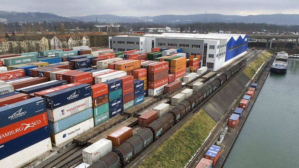 Schweizer Aussenhandel auch im November rückläufig