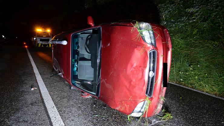 Eine 28-jährige Schweizerin fuhr am Mittwochabend gegen 23.15 Uhr von Langenbruck BL her in Richtung Waldenburg, als sie die Herrschaft über ihr Auto verlor.