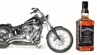 Harley-Davidson hat seinen Firmensitz in Wisconsin, dem Heimatstaat des Republikaners Paul Ryan. Wird der Whiskey aus dem Hause Jack Daniels mit einem Strafzoll belegt, würde das Kentucky treffen. Aus dem Staat kommt der Republikaner Mitch McConnell.