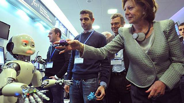 Vize-Präsidentin der EU-Kommission, Neelie Kroes, an der FET-Konferenz in Ungarn