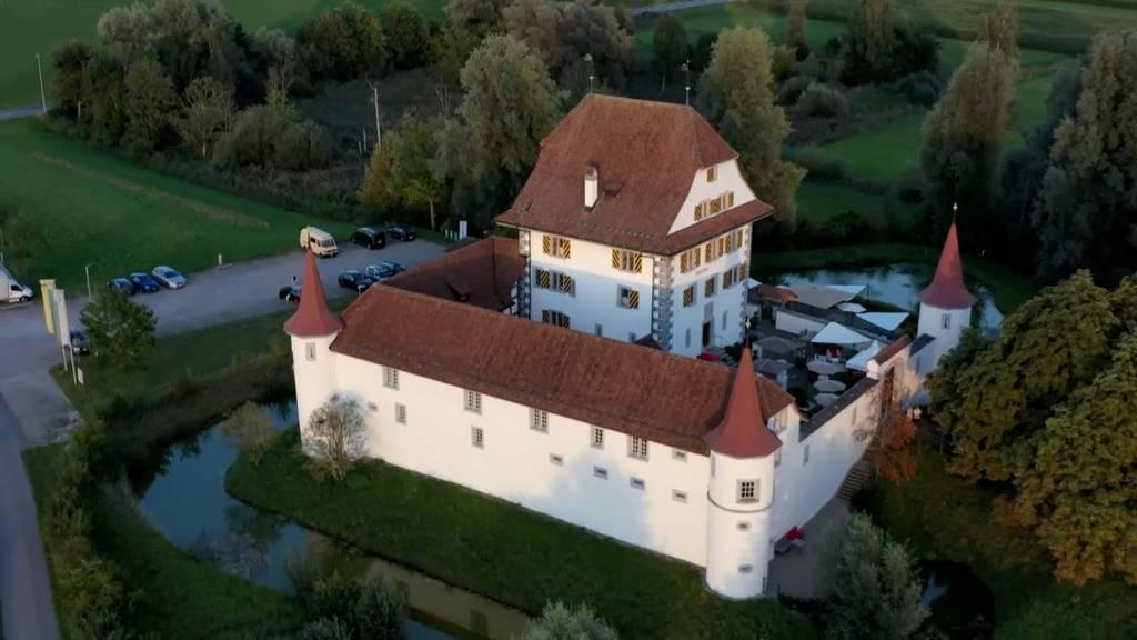 Wasserschloss Wyher / Wasser mit dem richtigen Dreh / Wärmepumpe von Hoval