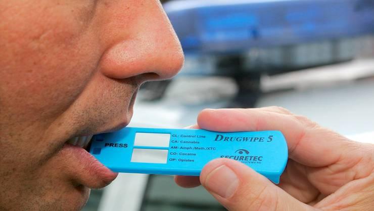 Drogenschnelltests zeigen innerhalb von wenigen Minuten, ob ein Autofahrer Drogen konsumiert hat.  key