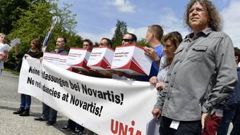 Bereits 2017 verkündete Novartis, in Basel 500 Stellen abzubauen – die Unia protestierte.