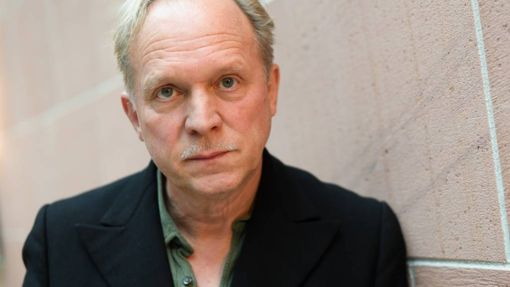 Ulrich Tukur gefallen Filme aus den 20er und 40er Jahren besser