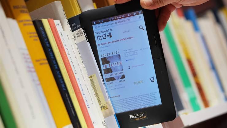 In der Bibliothek Schöftland sind neu auch E-Books erhältlich.