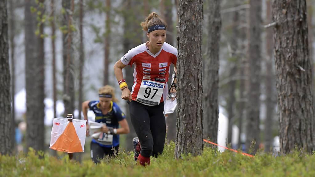 Simona Aebersold findet sich in den Wäldern Schwedens am besten zurecht