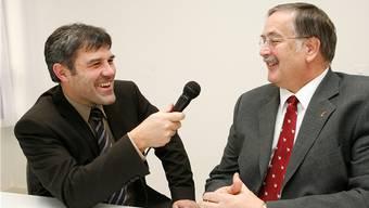 Da waren sie direkte Konkurrenten im Regierungsratswahlkampf: Für die bz-Wahlvorschau 2007 interviewte Eric Nussbaumer (li.) Adrian Ballmer. (Archiv)