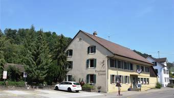 Da die Küche zu klein und die Miete zu hoch ist, wird das Restaurant im Gasthaus nach drei Jahren geschlossen.Michael Hunziker