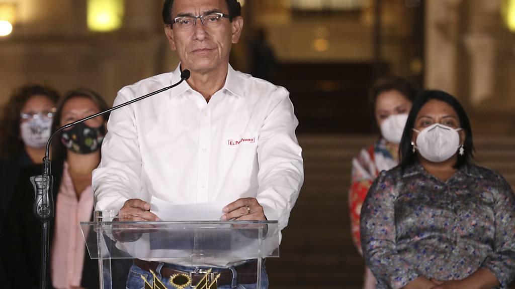 Bei Corona-Impfung vorgedrängelt: Ämtersperre für Perus Ex-Präsident