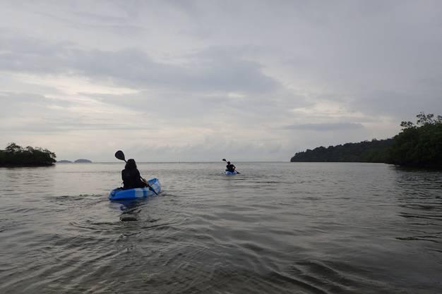 Die Kajaktour auf Koh Rong bleibt unvergesslich.