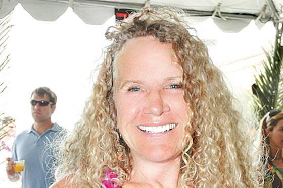 Die Witwe (56) von Walmart-Gründer John Walton und ihre Familie haben ein Vermögen geerbt.