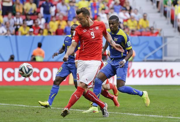 Haris Seferovic trifft zum 2:1-Siegtreffer in der allerletzten Sekunde