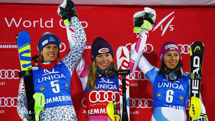 Das Podium des Slaloms am Semmering: Siegerin Shiffrin, Veronika Velez Zuzulova und rechts die Schweizerin Wendy Holdener.