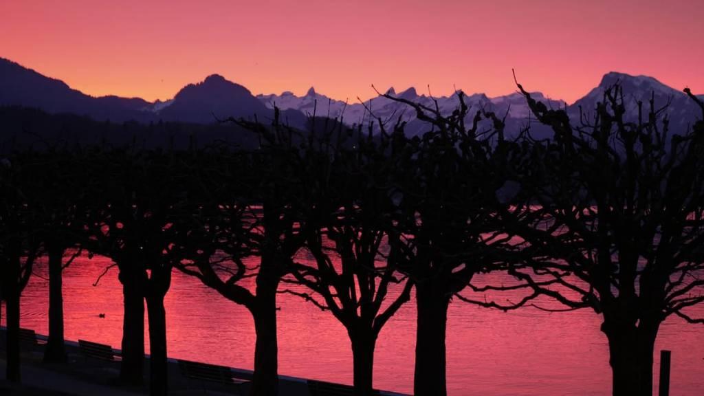 Die Zentralschweiz erwachte in kitschigem Morgenrot