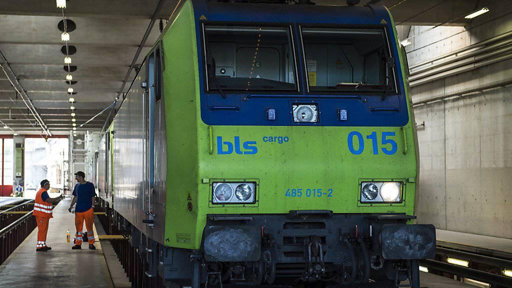 Die BLS könnte der SBB künftig im Fernverkehr Konkurrenz machen. (Archivbild)
