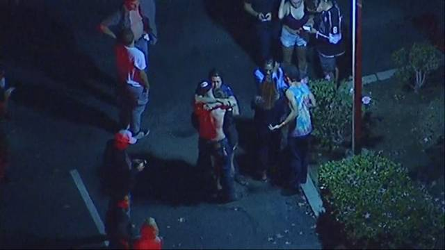 Mann schiesst in Bar auf Studenten